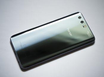 huawei phone spying honor 9 spyware