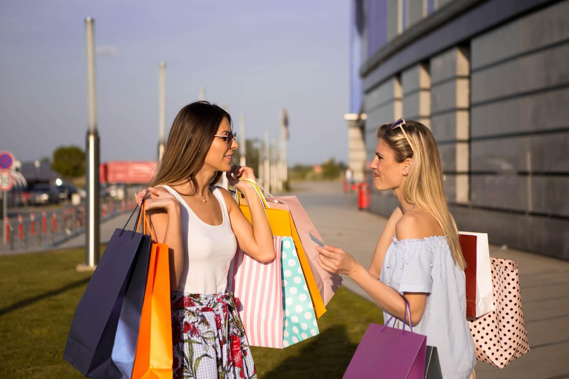 customer service shopping retention returning crm